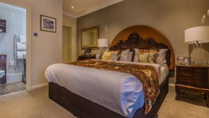 classic-double-room-castle-hotel-conwy