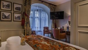 classic-double-room-castle-hotel-conwy2