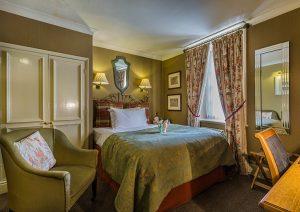 classic-single-room-castle-hotel