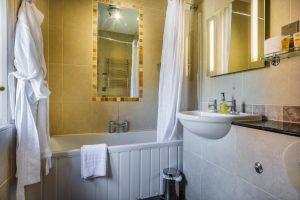 110 Deluxe Double Bathroom