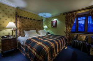 Bedroom 206