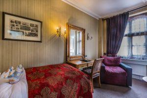 Castle Bedroom 114 Club Single 2