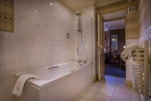 Castle Bedroom 201 Superior Single Bathroom