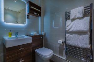 Castle_109_Bathroom