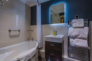Castle_206_Bathroom