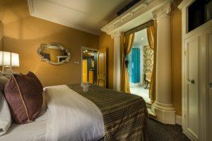 Deluxe suite bedroom and bathroom