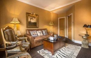 Suite bedroom lounge 2