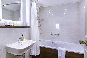 Room 121 Bathroom